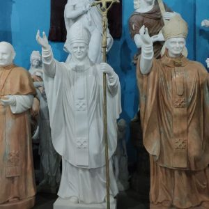 Custom marble Pope John Paul statue